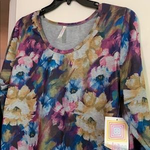 NWT LulaRoe Watercolor Lynnae.